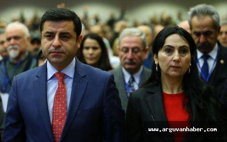 HDP EŞ GENEL BAŞKANLARI TUTUKLANDI