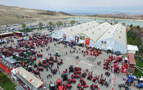 Doğu ve Güneydoğu Anadolu Tarım Teknolojileri, Makine, Hayvancılık ve Gıda Fuarı Malatya'da Açıldı