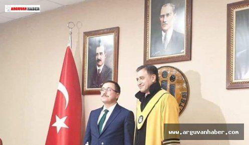 Gazi Gülbaş Profesör Unvanı Aldı