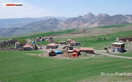 TARLACIK MAH. ZEYNEP AKINCI TRAFİK KAZASINDA HAYATINI KAYBETTİ