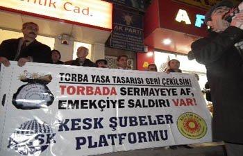 AKP; TORBANI AL, BAŞINA ÇAL
